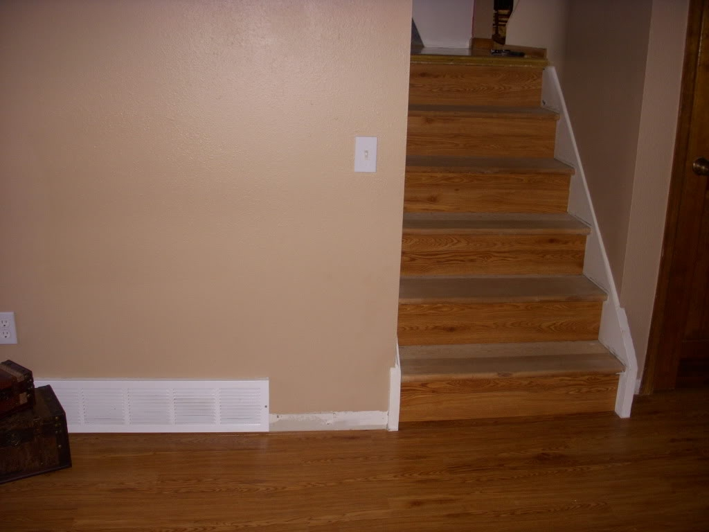 Self Adhesive Carpet Tiles For Stairs Floor Decoration With Stick On Carpet For Stairs (View 18 of 20)