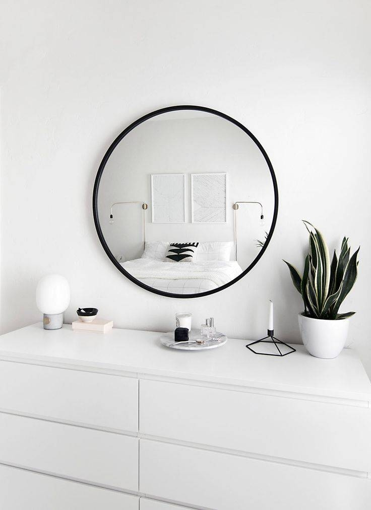 The 25+ Best Black Round Mirror Ideas On Pinterest | Small Hall Pertaining To Black Circle Mirrors (#18 of 20)