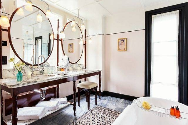 This Chic Item Can Make Any Room Look Bigger | Mydomaine For Hotel Inspired Mirrors (#14 of 15)