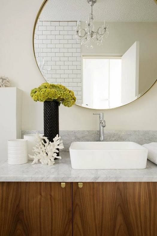 To Da Loos: Large Round Mirrors In The Bathroom – My Latest Obsession Inside Round Large Mirrors (#20 of 20)