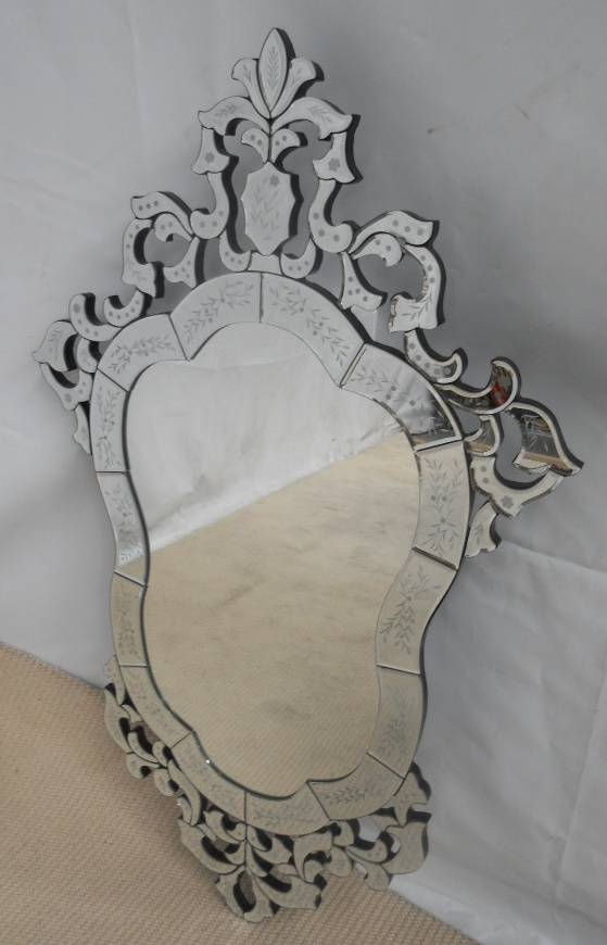 Venetian Style Mirror With Venetian Style Wall Mirrors (#17 of 20)