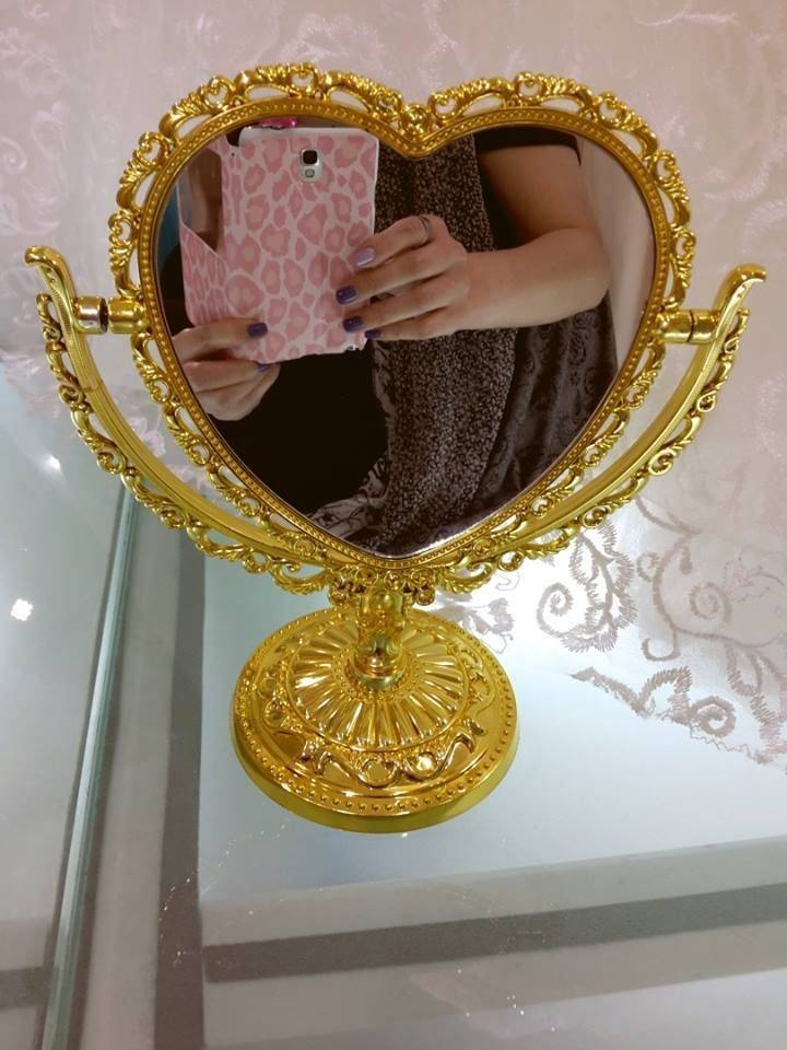 Inspiration about Vintage 2 Sided Heart Shaped Vanity Free Standing Dresser Mirror Pertaining To Gold Heart Mirrors (#1 of 30)