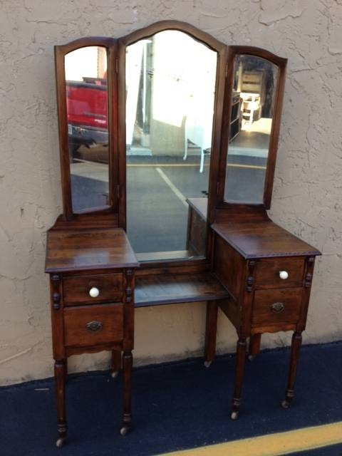 Vintage Vanity With Triple Miror!!! Throughout Antique Triple Mirrors (#18 of 20)