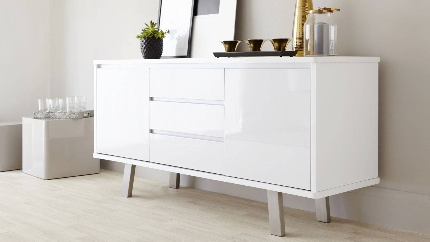White Gloss Sideboards For Dining Room – Decor Intended For White Gloss Sideboards (#19 of 20)
