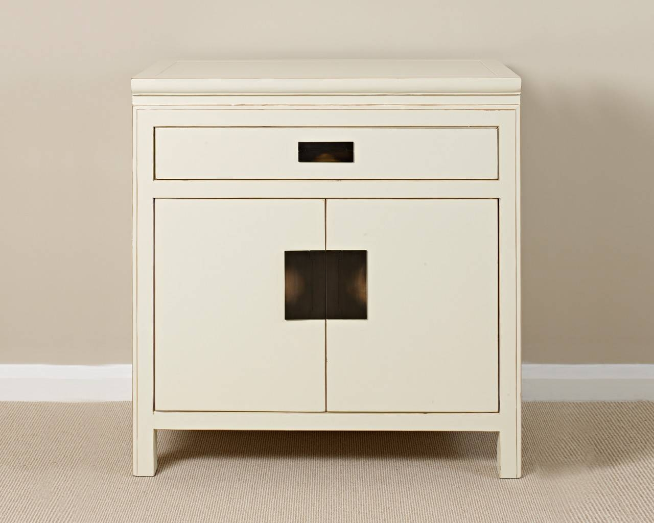 White Kitchen Sideboard For The Kitchen Or Dining Room — Decor Trends Intended For Kitchen Sideboard (#19 of 20)