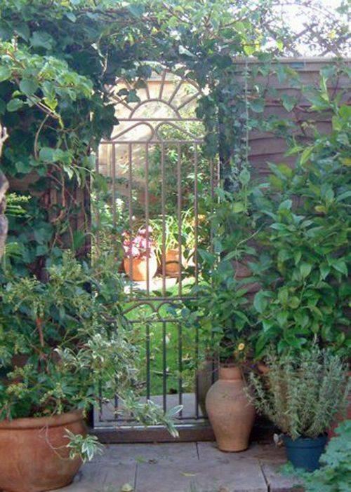 Wrought Iron Garden Mirror Gate For Gothic Garden Mirrors (#30 of 30)