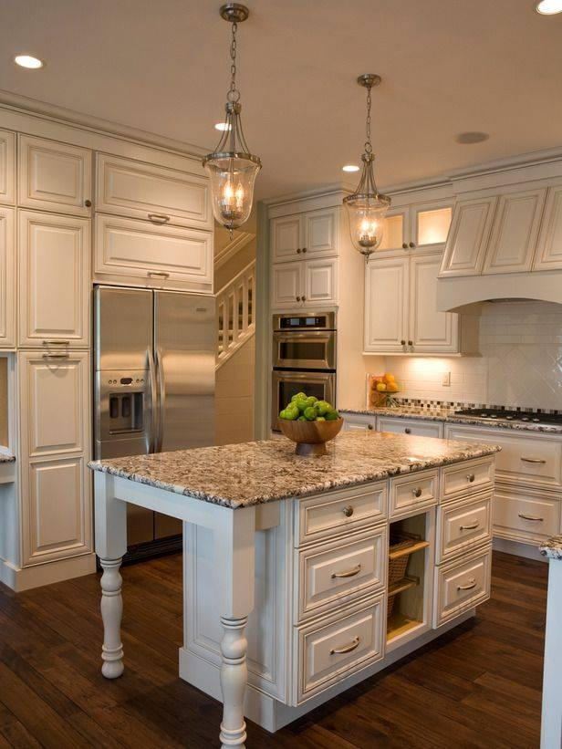Elegant Best Lantern Pendant Lights For Kitchen 1000 Ideas About Lantern Within  Cottage Pendant Lighting (#