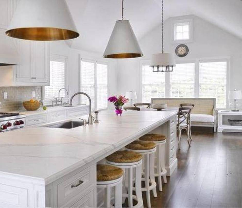 Modern White Kitchen With Island And Pendant Lights: 15 Best Collection Of Kitchen Island Single Pendant Lighting