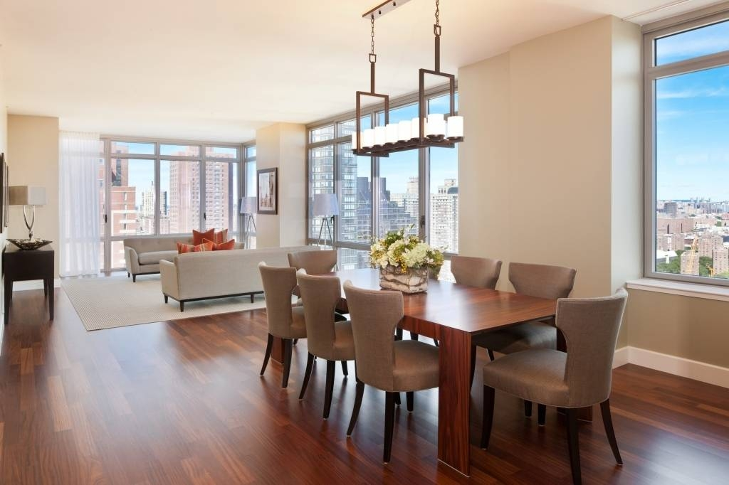 Contemporary Dining Room Pendant Lighting Inspiration Decor Intended For Recent Dining Table Pendant Lights (#4 of 15)