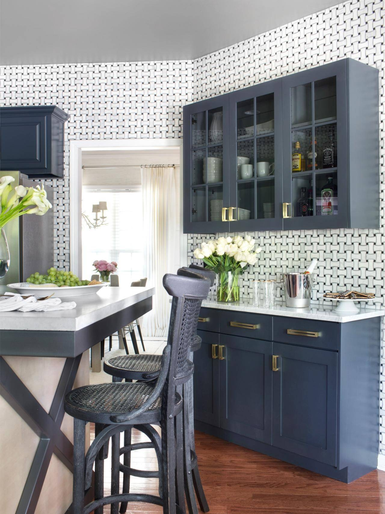 Freestanding Kitchen Islands | Hgtv Intended For Free Standing Kitchen Sideboards (#3 of 15)