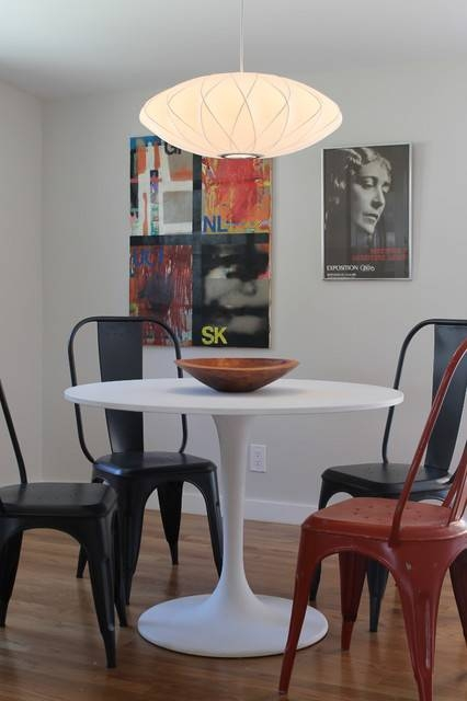 Saarinen Style Tulip Table And Nelson Saucer Pendant – Modern With Latest Nelson Saucer Pendants (View 12 of 15)