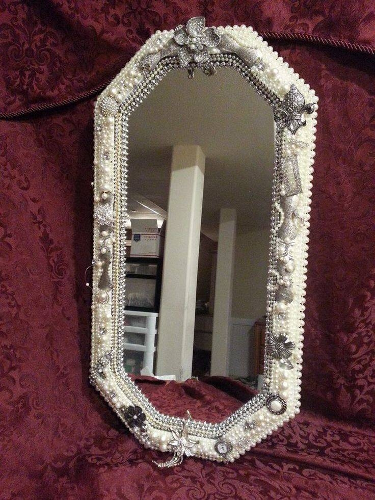Decorating with mirrors in