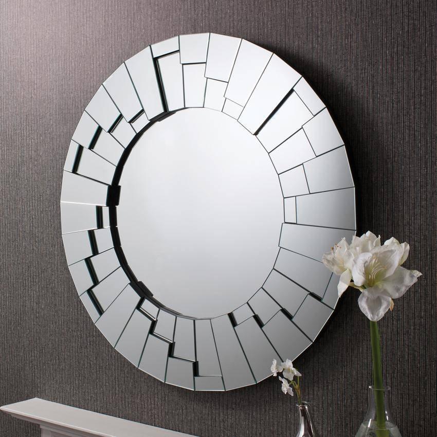 Antique Round Wall Mirror : Doherty House – Design Of Round Wall For Modern Round Wall Mirrors (#1 of 15)