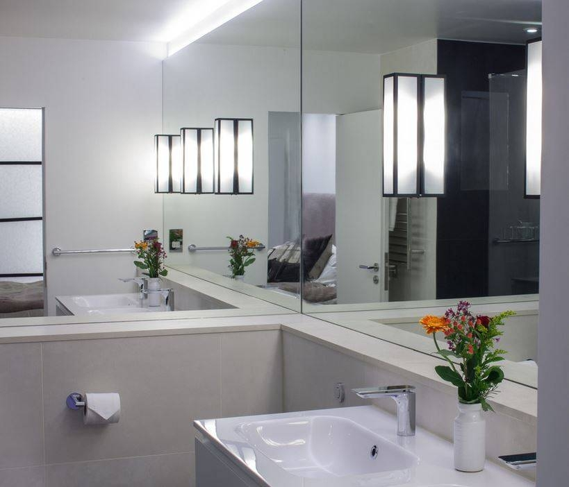 Bathroom Decor: Best Contemporary Bathroom Wall Mirrors Lighted With Regard To Contemporary Bathroom Wall Mirrors (#5 of 15)
