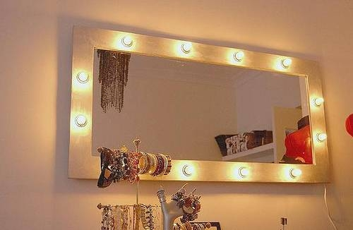 Bedroom Lighting: Mesmerizing Vanity Mirror With Lights For Throughout Wall Mirrors With Light Bulbs (#6 of 15)