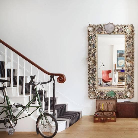Hallway With Elegant Wall Mirror Hallways Decorating (#12 of 15)
