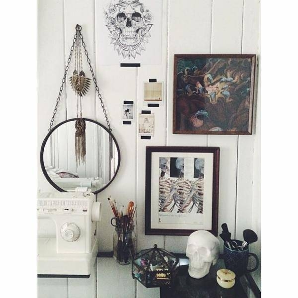 Hung Round Industrial Gold Wall Mirror With Hanging Wall Mirrors (View 3 of 15)