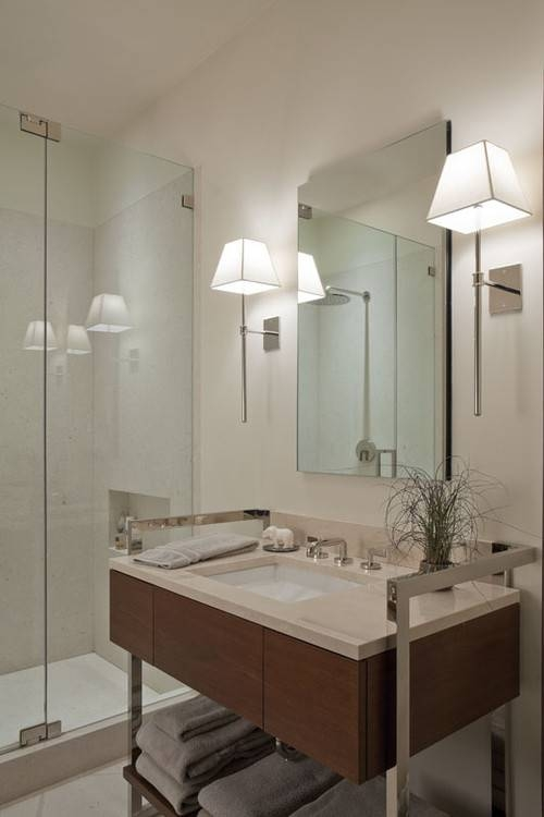 Popular Photo of Bathroom Wall Mirrors With Lights