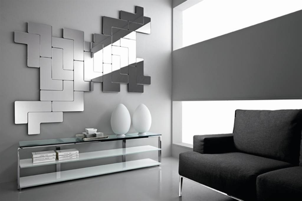 Modern Wall Mirrors Living : Doherty House – Decorate With Within Trendy Wall Mirrors (View 14 of 15)