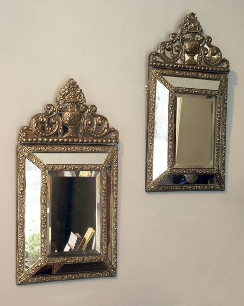 Popular Photo of Small Vintage Wall Mirrors