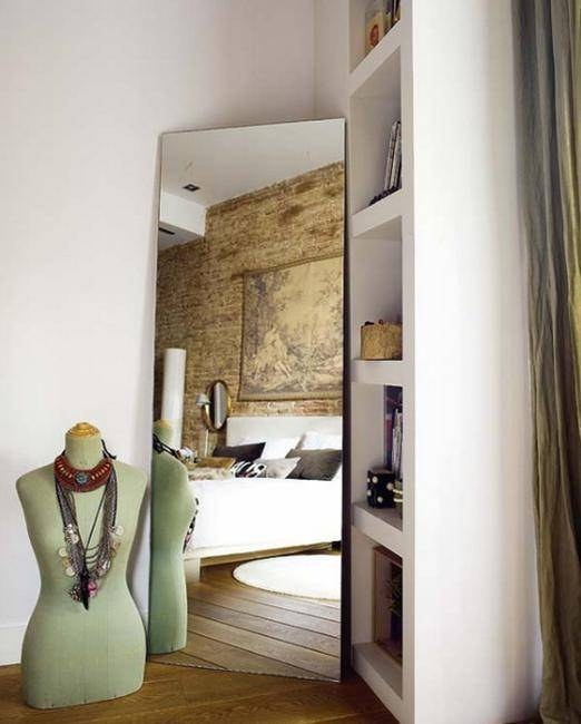Stylish Mirrors Bringing To Light Functional And Modern Bedroom For Modern Bedroom Mirrors (#13 of 15)