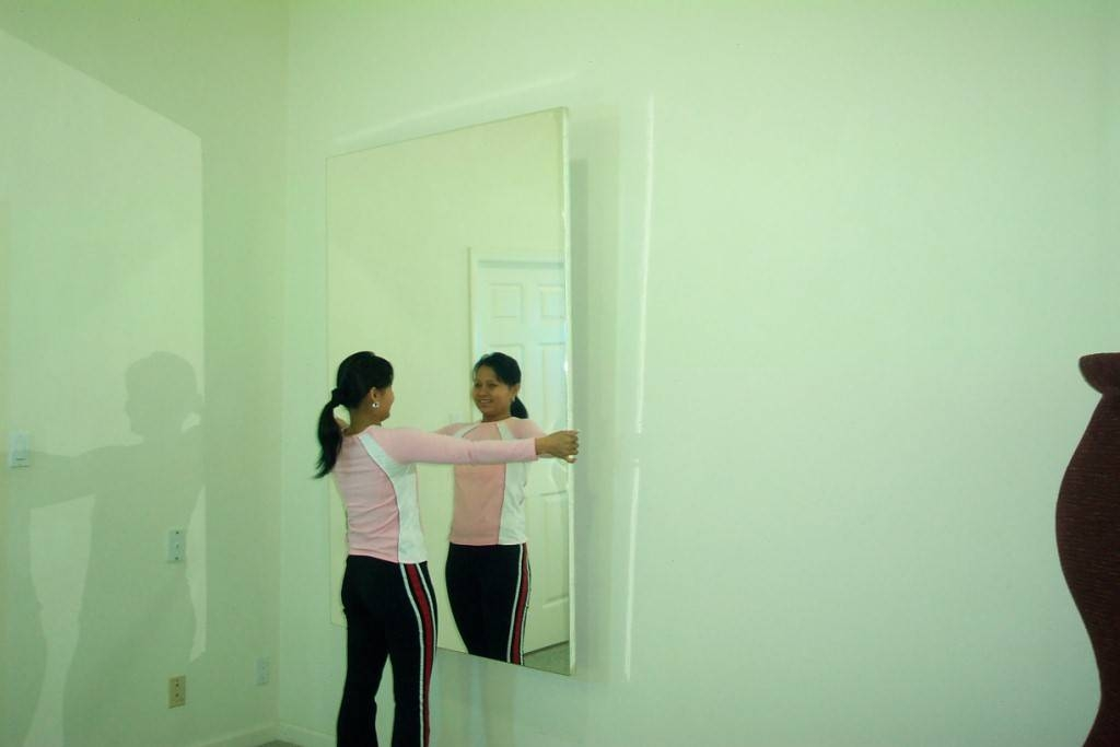 The Glassless Advantage – Why Glassless Mirrors Are Safer, Lighter With Large Plastic Wall Mirrors (#9 of 15)