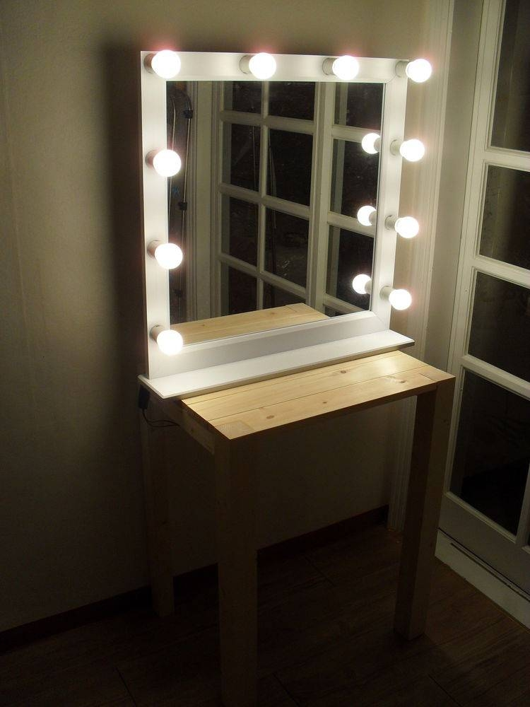 Wall Lights Design Modern Style Lighted Vanity Mirror For Mirrors Pertaining To Wall Mirrors With Light (#14 of 15)