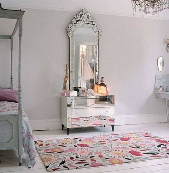 Wall Mirrors Reflecting 25 Gorgeous Modern Interior Design And Within Wall Mirror Designs For Bedrooms (#15 of 15)