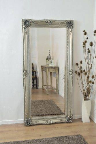 Wall Mirrors: Small Vintage Wall Mirrors (View 14 of 15)