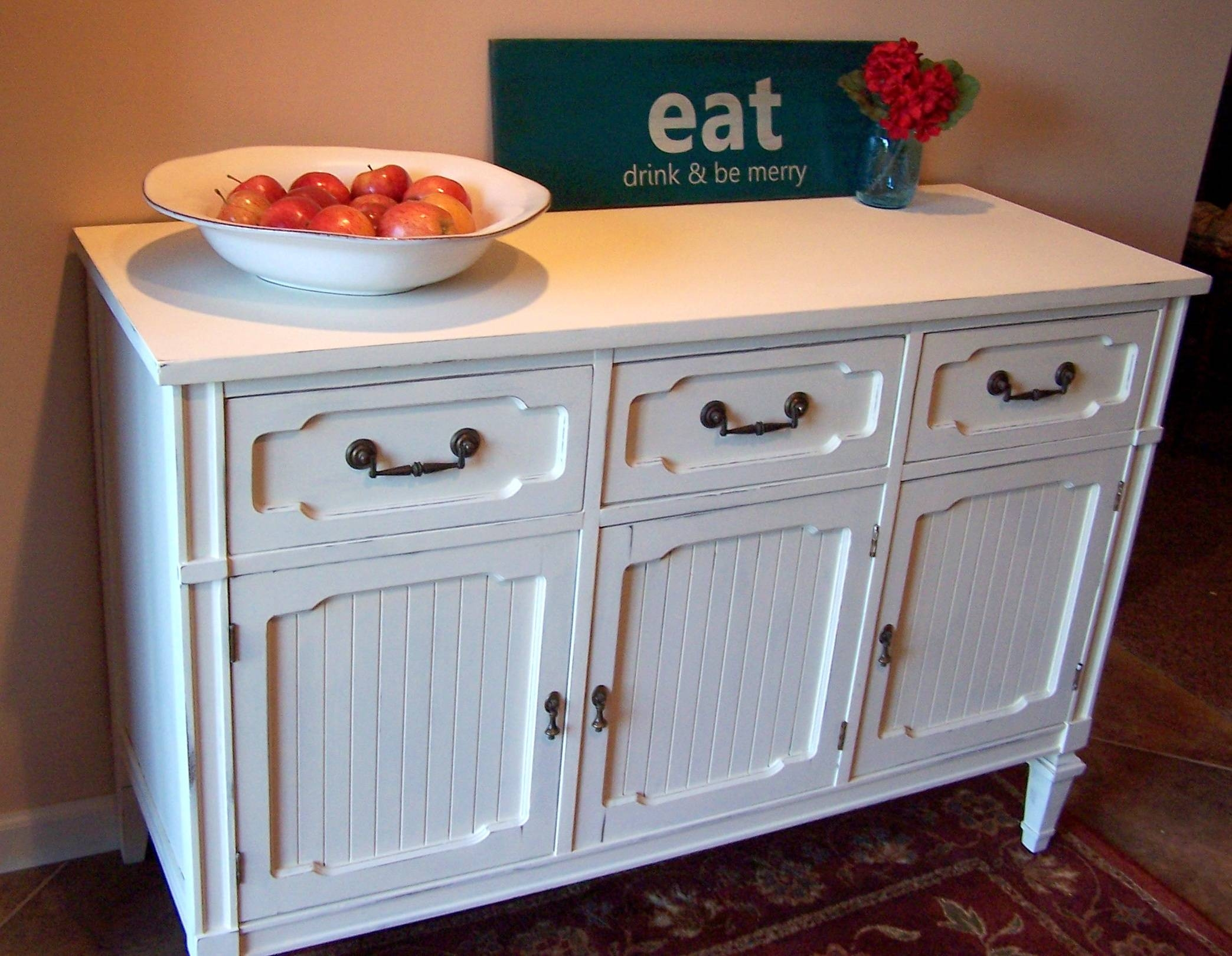 Beautiful White Sideboard Buffet – Bjdgjy With Regard To Current Glass Door Buffet Sideboards (#1 of 15)