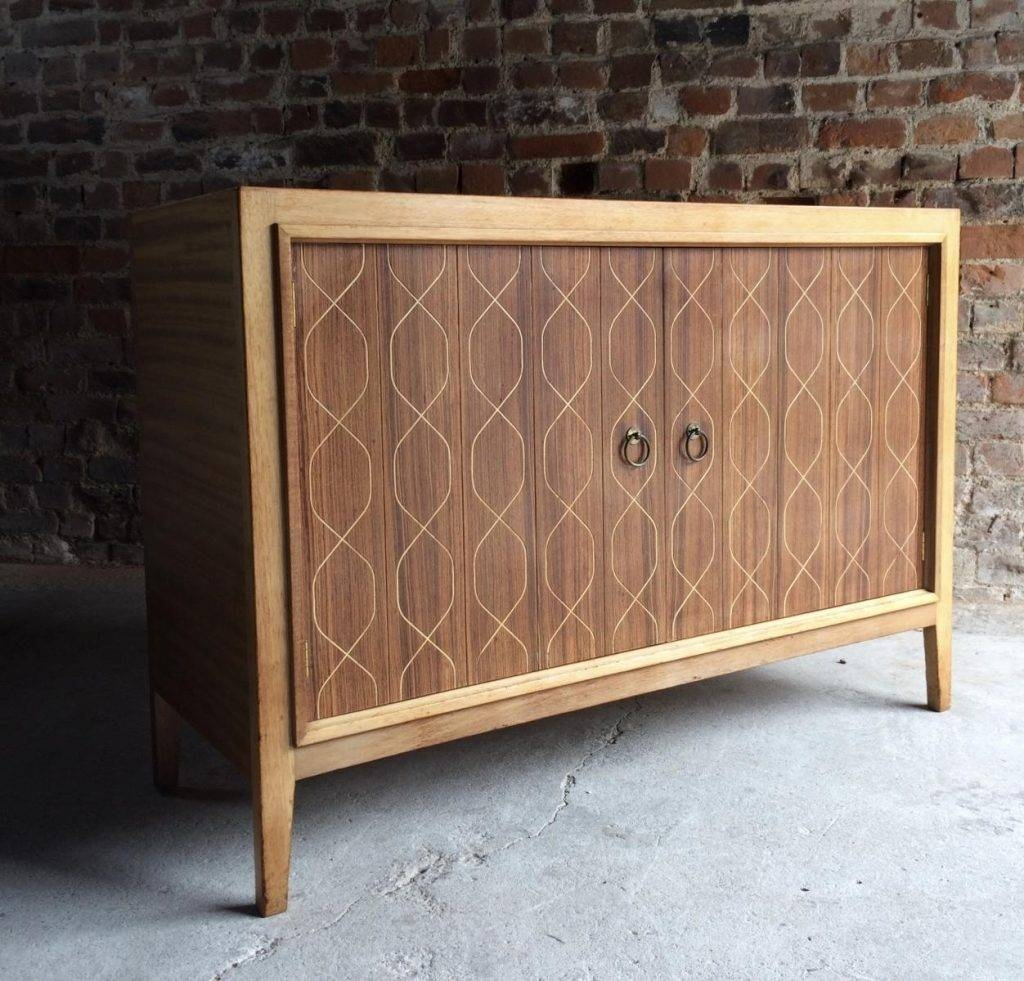 Double Helix Sideboard Von David Booth Für Gordon Russell, 1950Er Throughout 2017 Gordon Russell Helix Sideboards (#6 of 15)