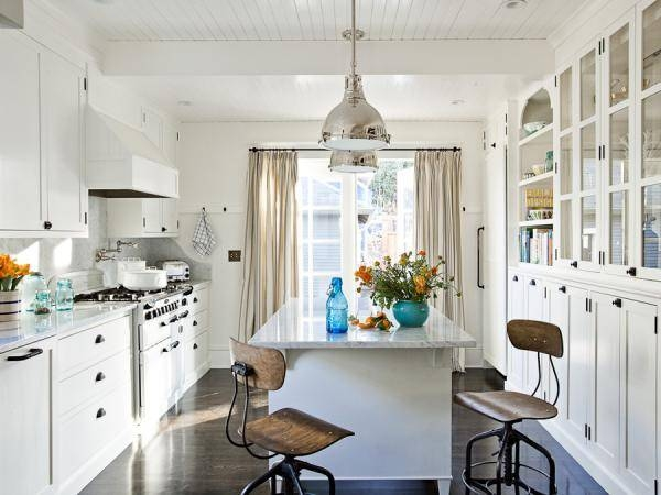 Kitchen Pendant Lights With Modern Style Intended For Recent Silver Kitchen Pendant Lighting (#6 of 15)