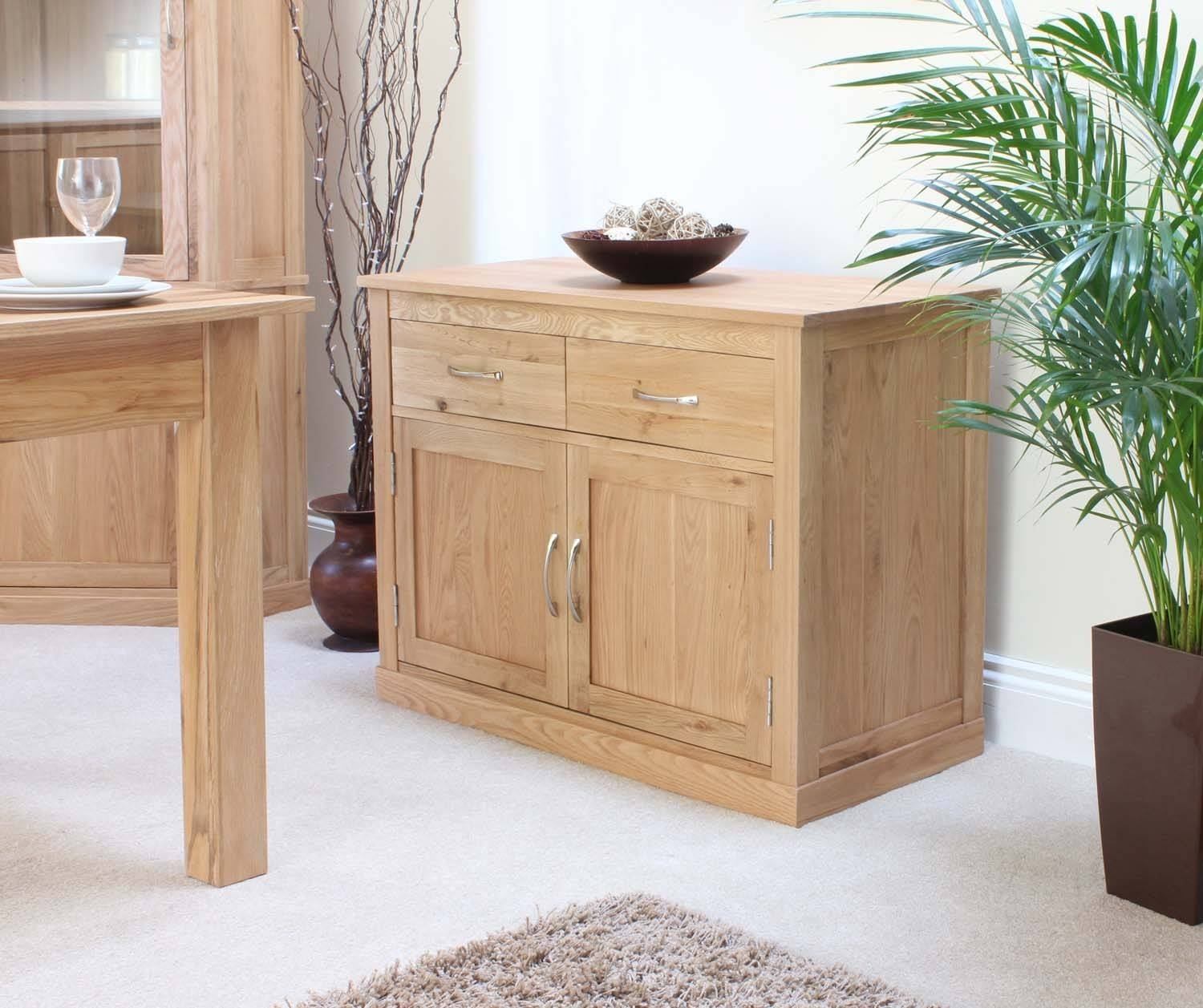 Modern Light Oak Sideboards And Console Table | Solid Oak Intended For Latest Solid Oak Small Sideboards (View 7 of 15)