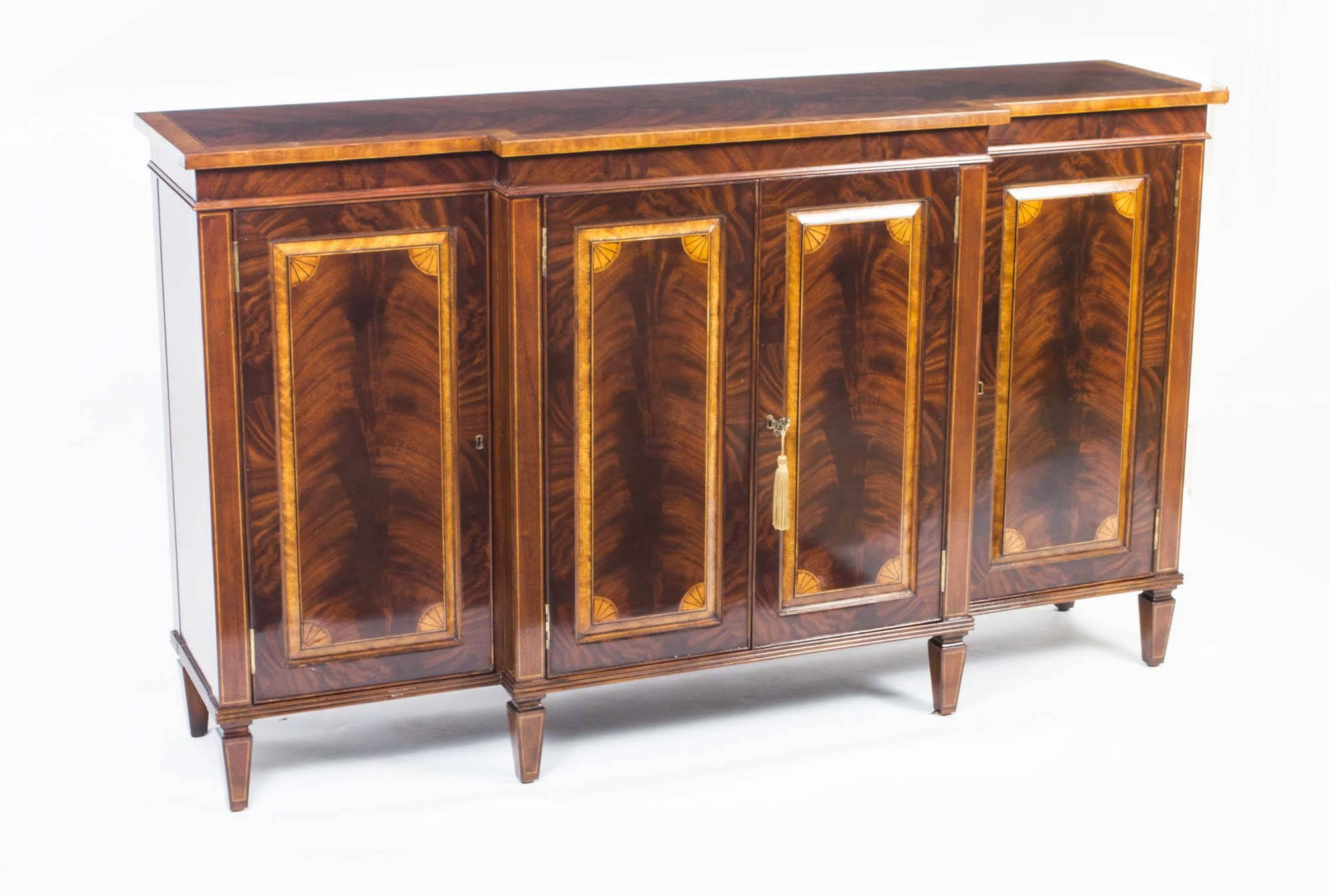 New Credenzas And Sideboards – Bjdgjy Regarding Latest Credenzas And Sideboards (View 6 of 15)