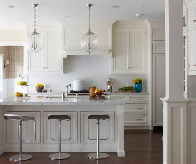 Old Greenwich Beach Cottage – Beach Style – Kitchen – New York Regarding Newest Pendant Lighting Over Island (#8 of 15)