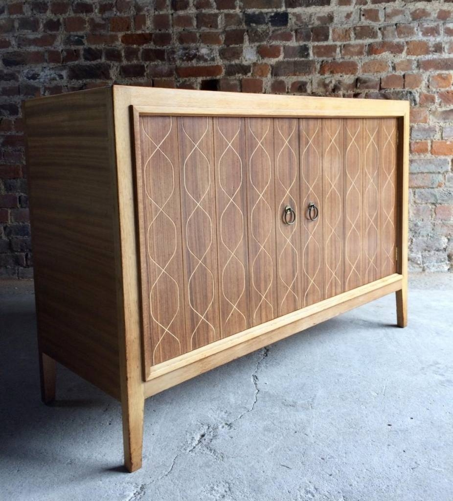 Sideboard Double Helix Sideboard Von David Booth Für Gordon For Most Recently Released Gordon Russell Helix Sideboards (#12 of 15)