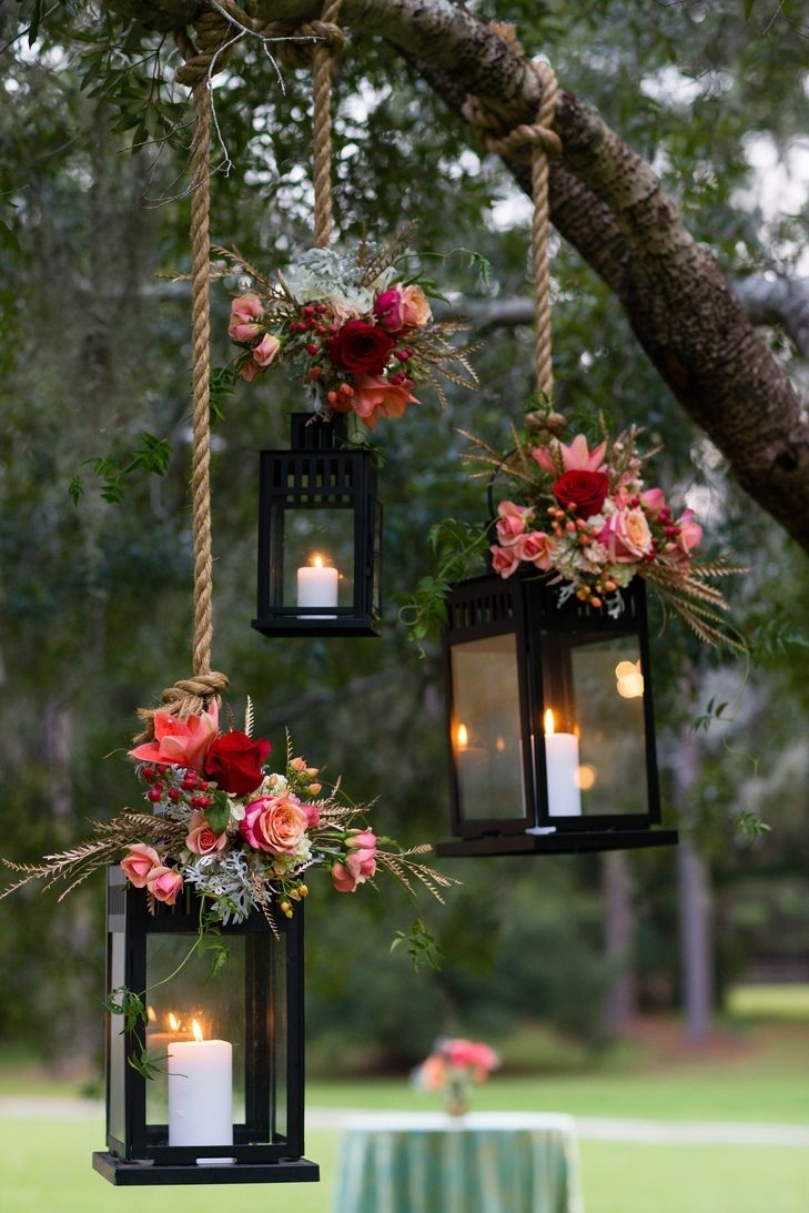 17 Autumn Wedding Trends You'll *fall* Head Over Heels For | Chats In Outdoor Hanging Tree Lanterns (View 10 of 15)