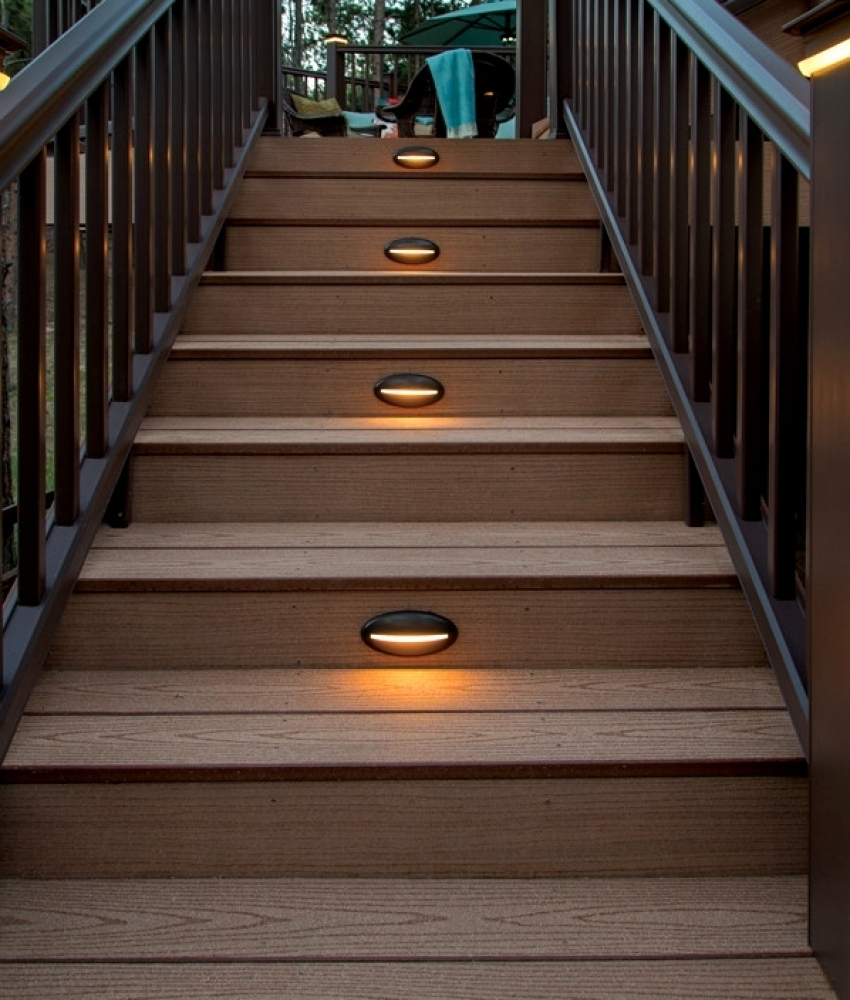 27 Luxury Under Rail Deck Lighting Pics | Modern Home Interior Throughout Modern Low Voltage Deck Lighting (View 12 of 15)
