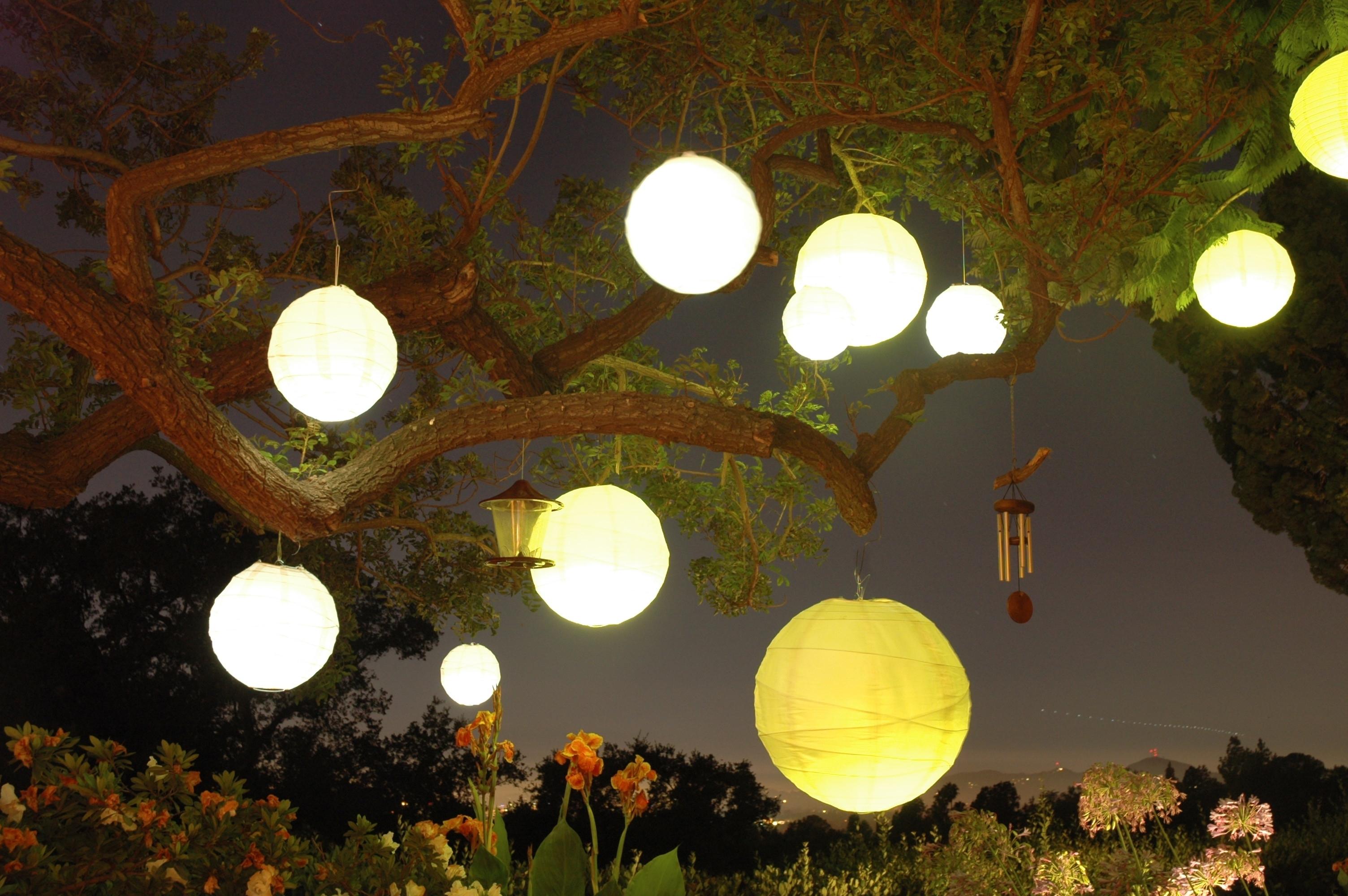 48+ Elegant Hanging Paper Lantern | Oksunglassesn Within Outdoor Hanging Nylon Lanterns (#1 of 15)