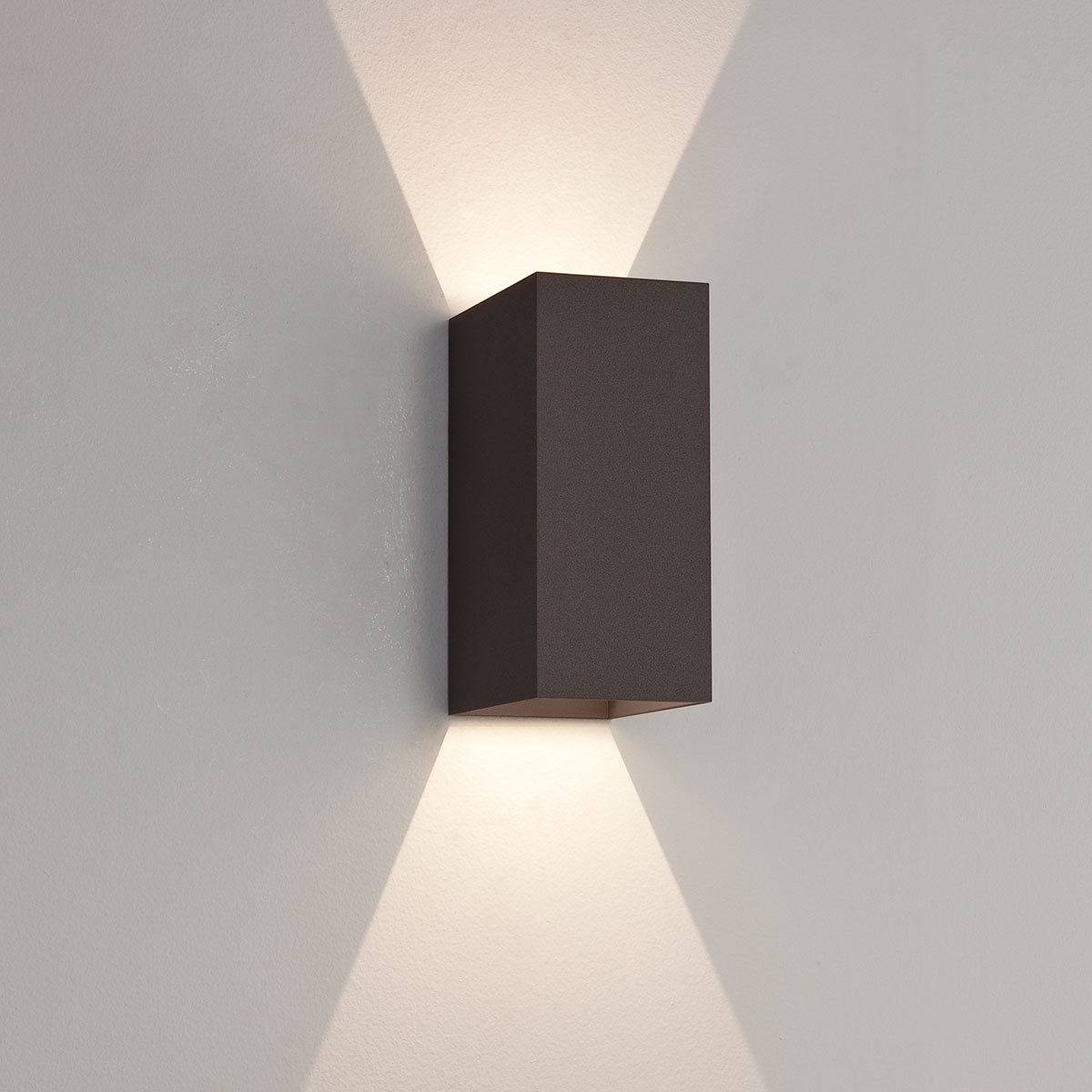 Astro Oslo 160 Black Outdoor Led Wall Light At Uk Electrical Supplies (#3 of 15)