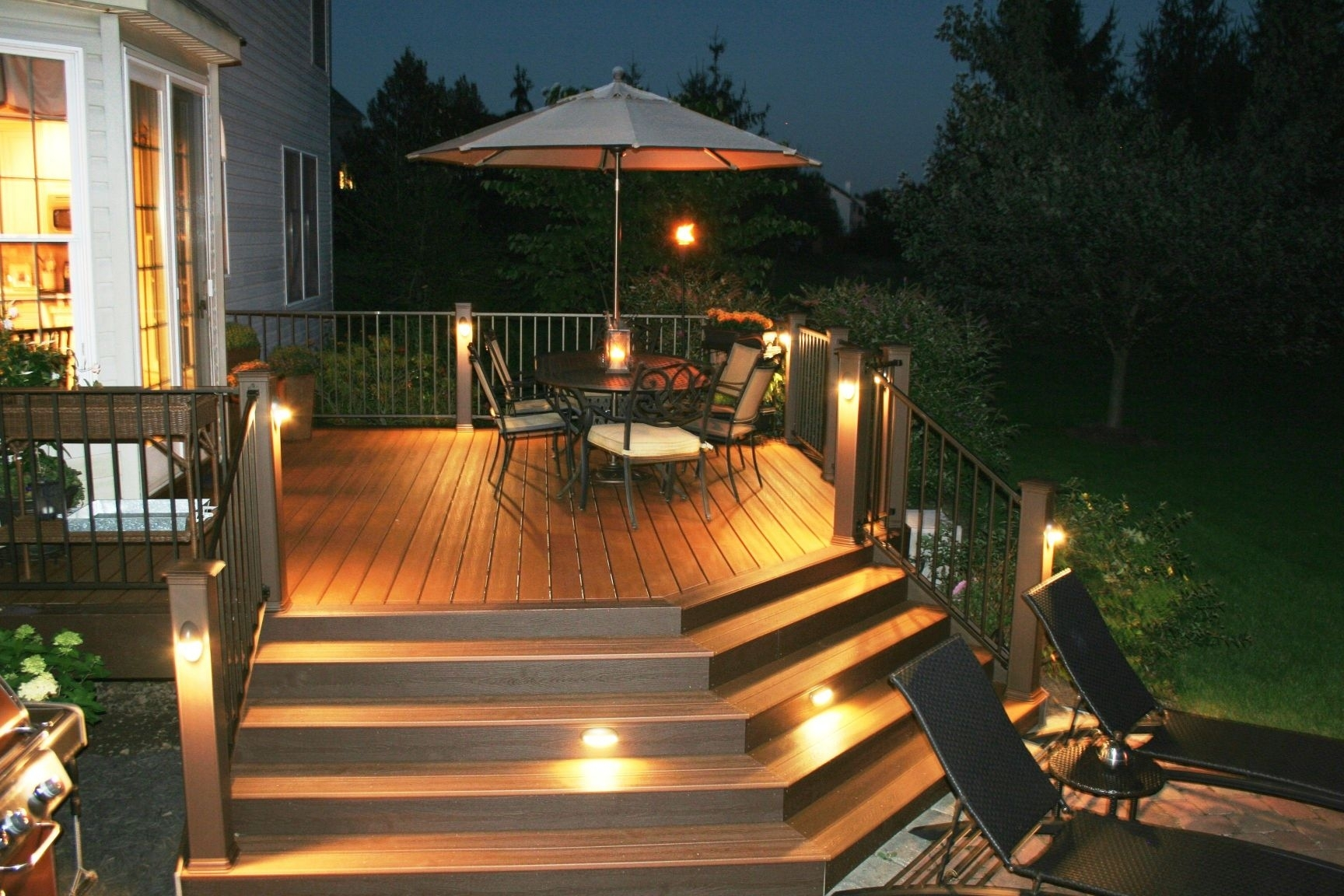 Awesome Trex Deck With Stair Riser And Accent Lights Archadeck Of With Modern Low Voltage Deck Lighting (View 4 of 15)