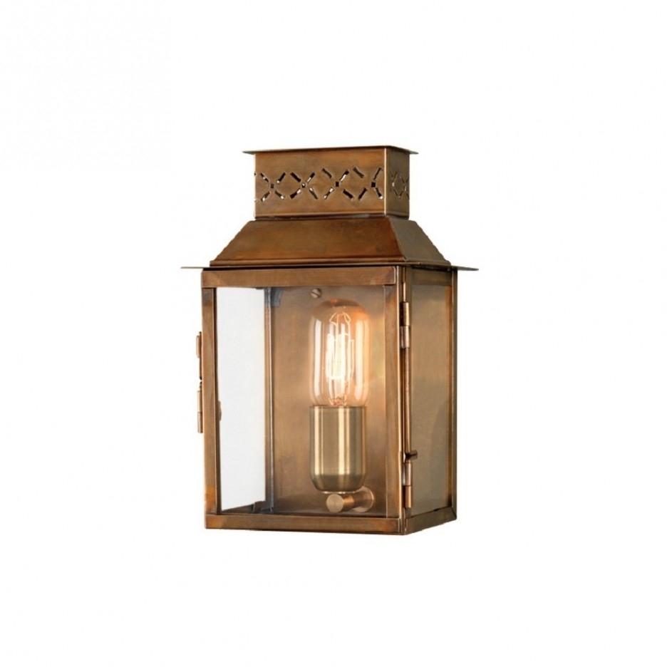 Black Victorian Medium Lamp Post With Lantern (#1 of 15)