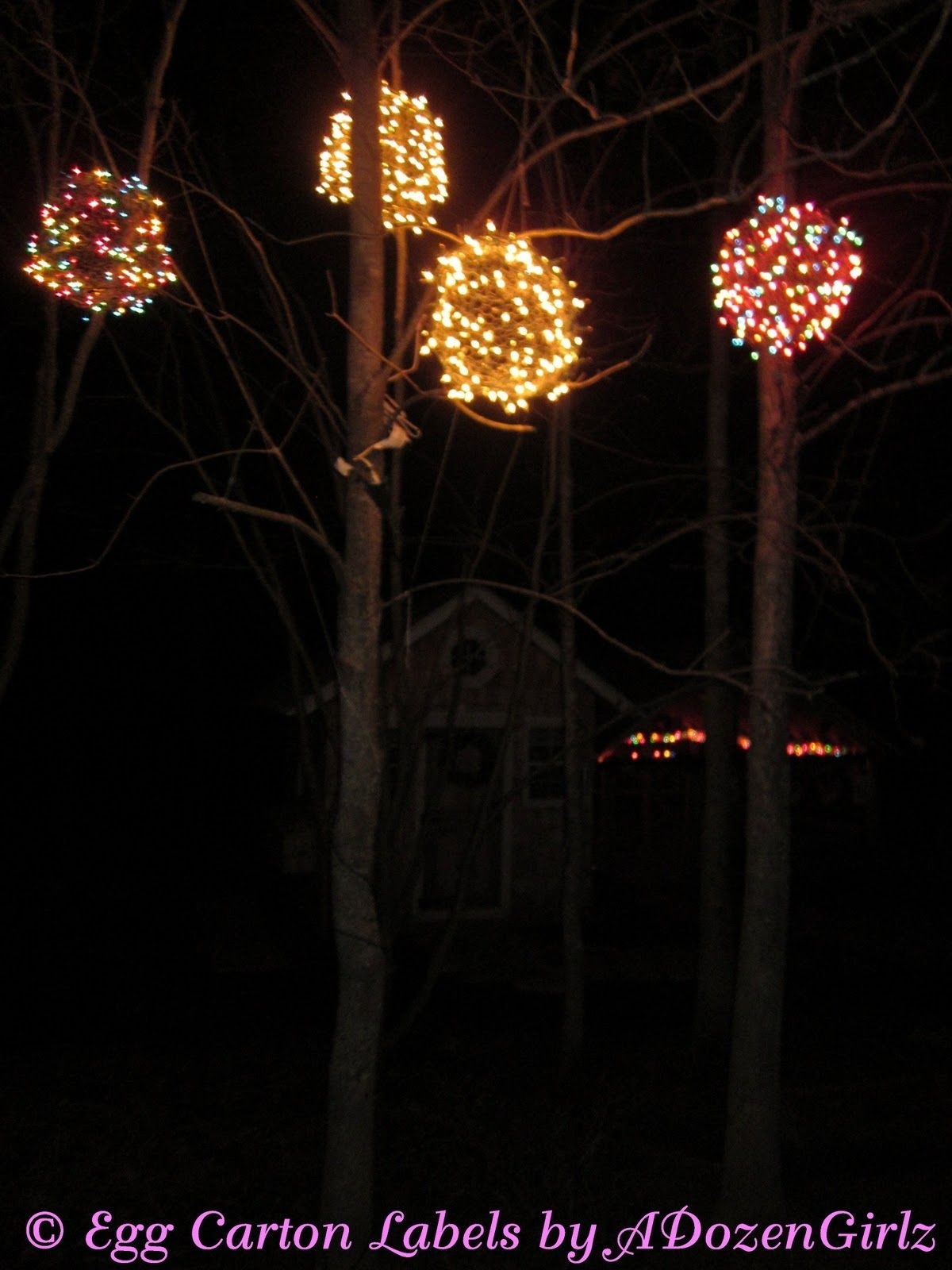 Chicken Wire, Lighted Christmas Balls (#2 of 15)