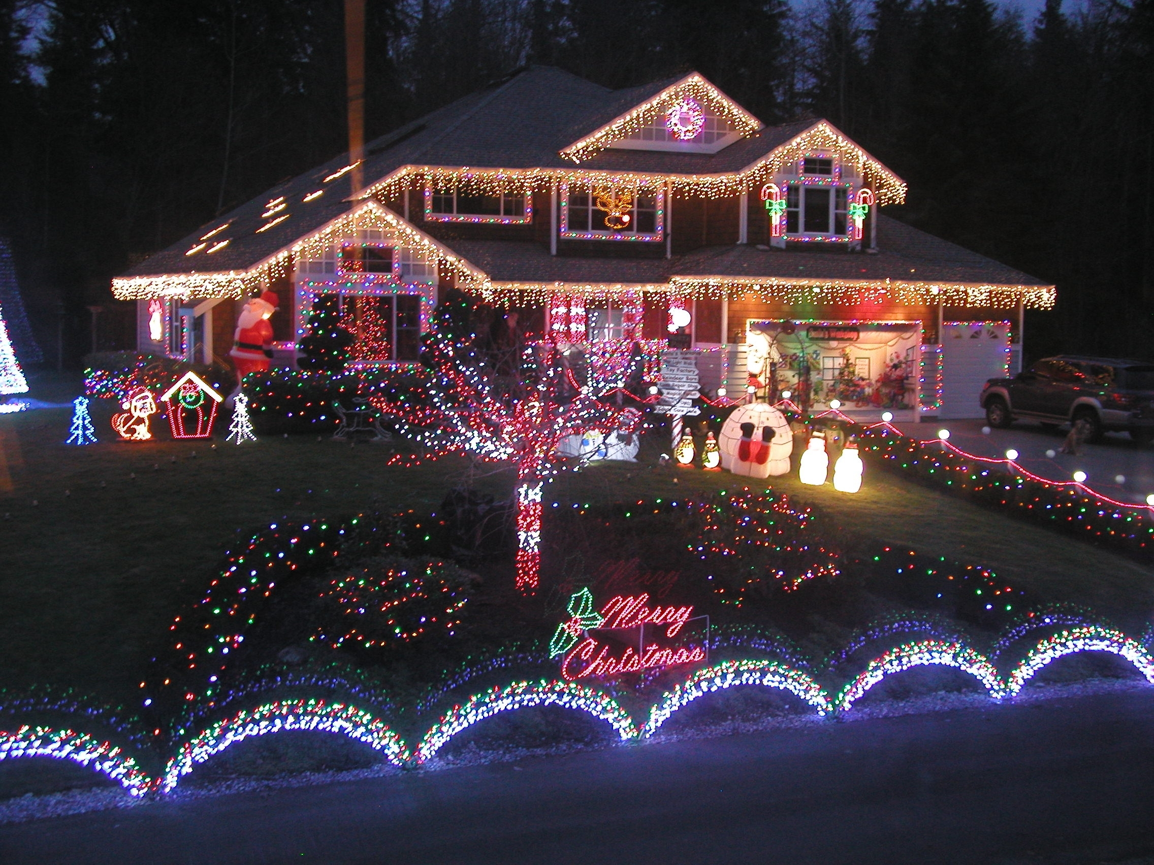 15 best of hanging outdoor christmas lights in trees christmas lights awesome how to hang outdoor christmas icicle intended for hanging outdoor christmas lights aloadofball Choice Image