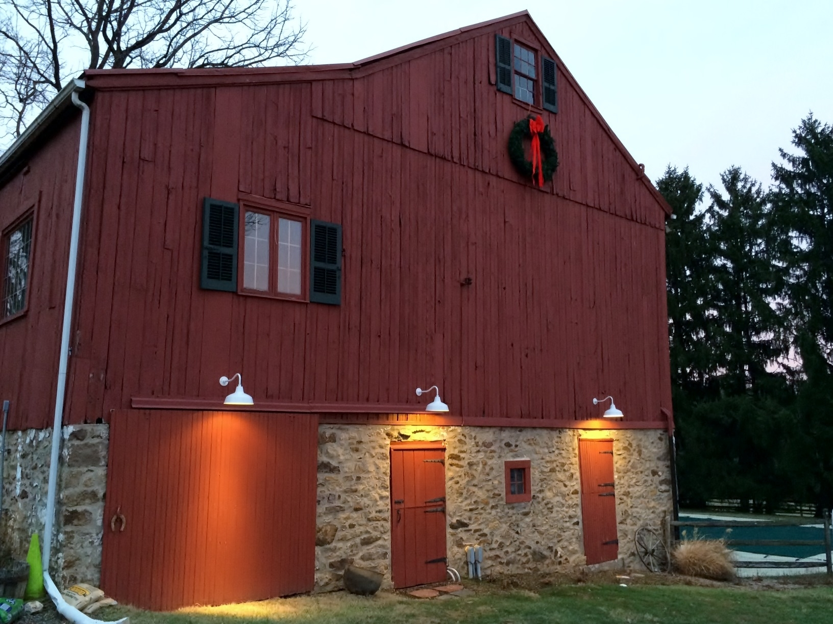 Classic Barn Lights For Pennsylvania Barns & Carriage House | Blog Throughout Outdoor Barn Ceiling Lights (#4 of 15)