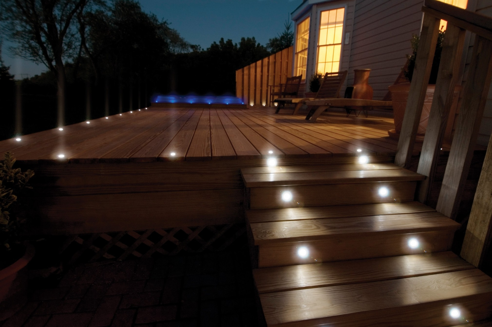 Popular Photo of Modern Low Voltage Deck Lighting