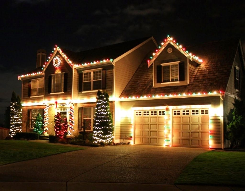 Inspiration about Diy : Christmas Hang Lights Bigtree How Roof Line Full Size Trees Regarding Hanging Outdoor Christmas Lights In Roof (#14 of 15)