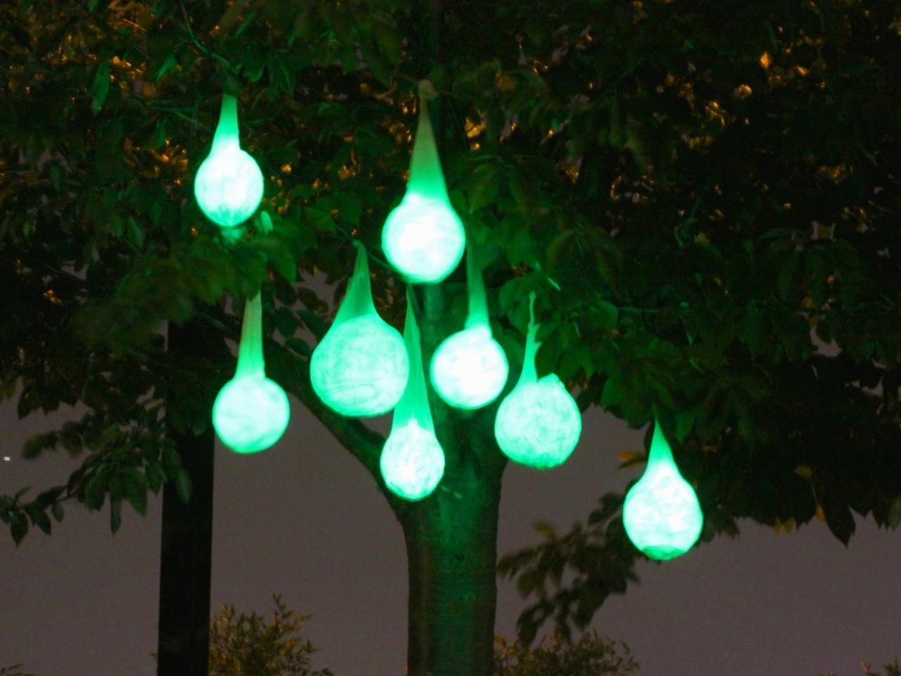 Diy : How Make Glowing Halloween Light Pods Hanging Lights Paper With Regard To Outdoor Hanging Lights At Walmart (#7 of 15)
