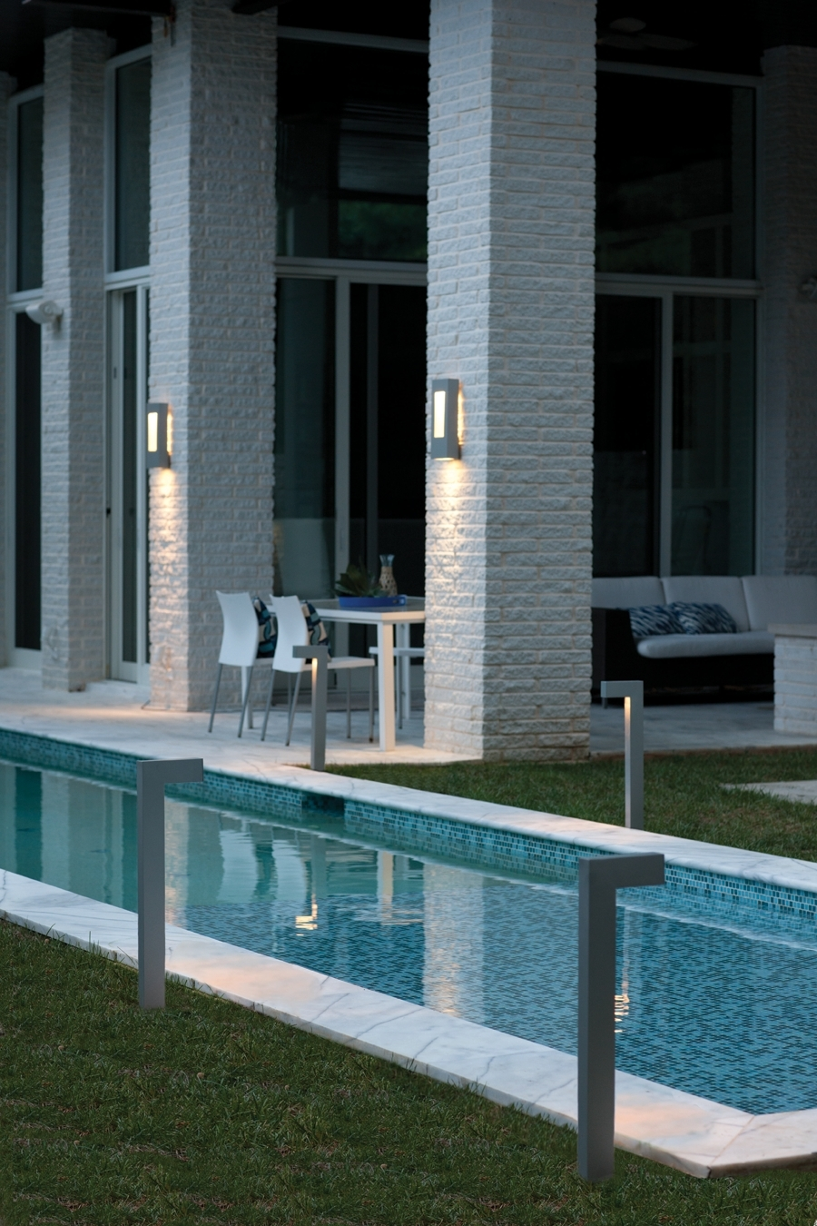 Hinkley Lighting Atlantis Collection Led Outdoor Lanterns And With Regard To Modern Garden Landscape Hinkley Lighting (#7 of 15)