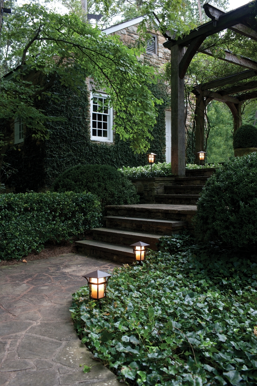 Popular Photo of Modern Garden Landscape Hinkley Lighting